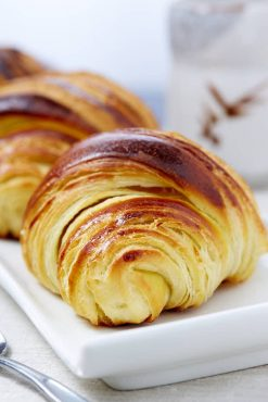 Tartine croissant on a plate