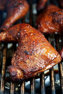 Smoking chicken quarters