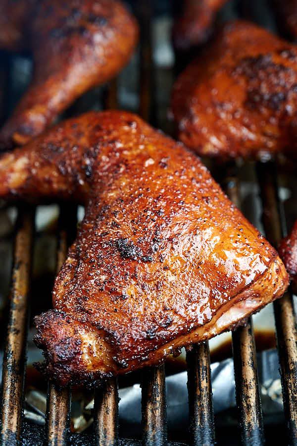 Smoking chicken quarters